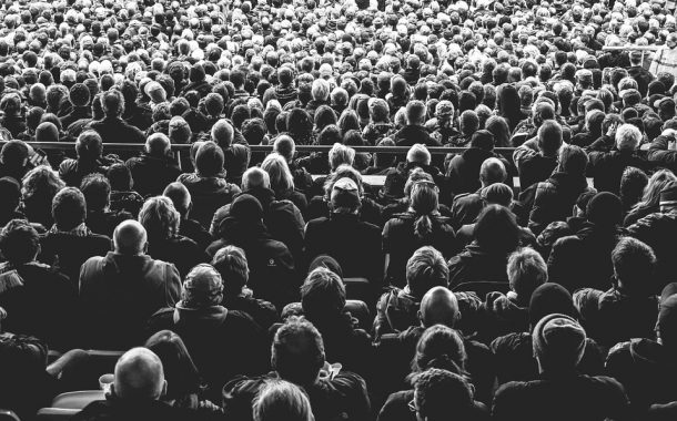 Leverage Crowdsourcing for Generating Actionable Insights